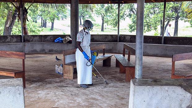 virus-ebola-20140728-45-size-620