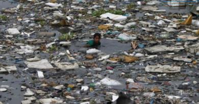 193 países declaram guerra ao plástico no mar