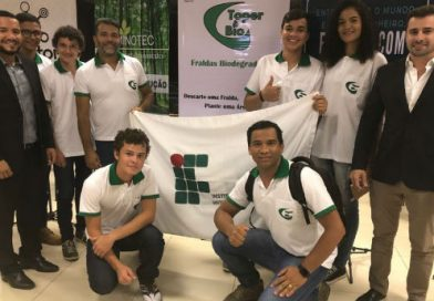 Estudantes brasileiros criam fralda ecológica feita de mandioca