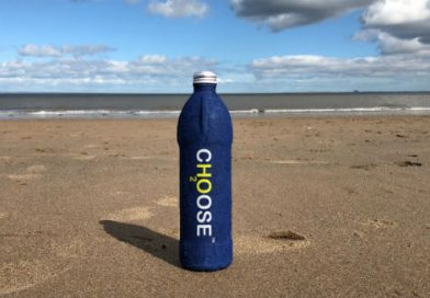 Choose Water: A garrafa de água feita com papel reciclado